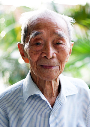Chau Sen Cocsal Chhum lived to be 103. Credit: Dudeinspace, Wikimedia.